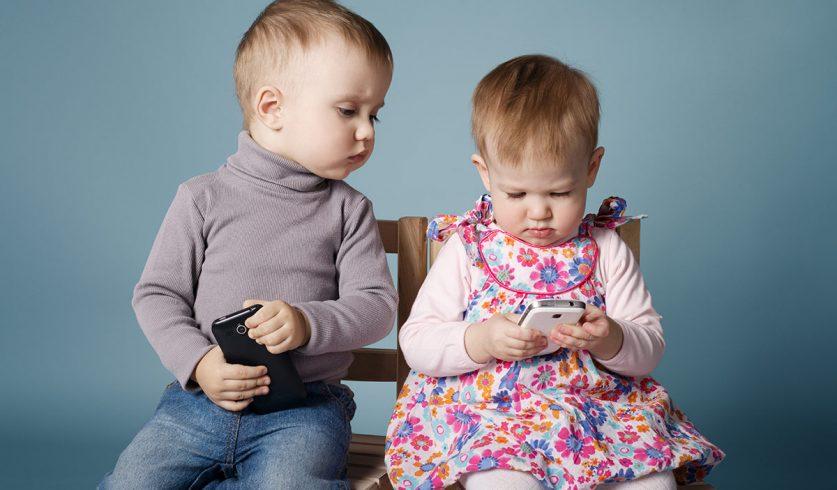 Uyku Öncesinde Telefon ve Tablet…